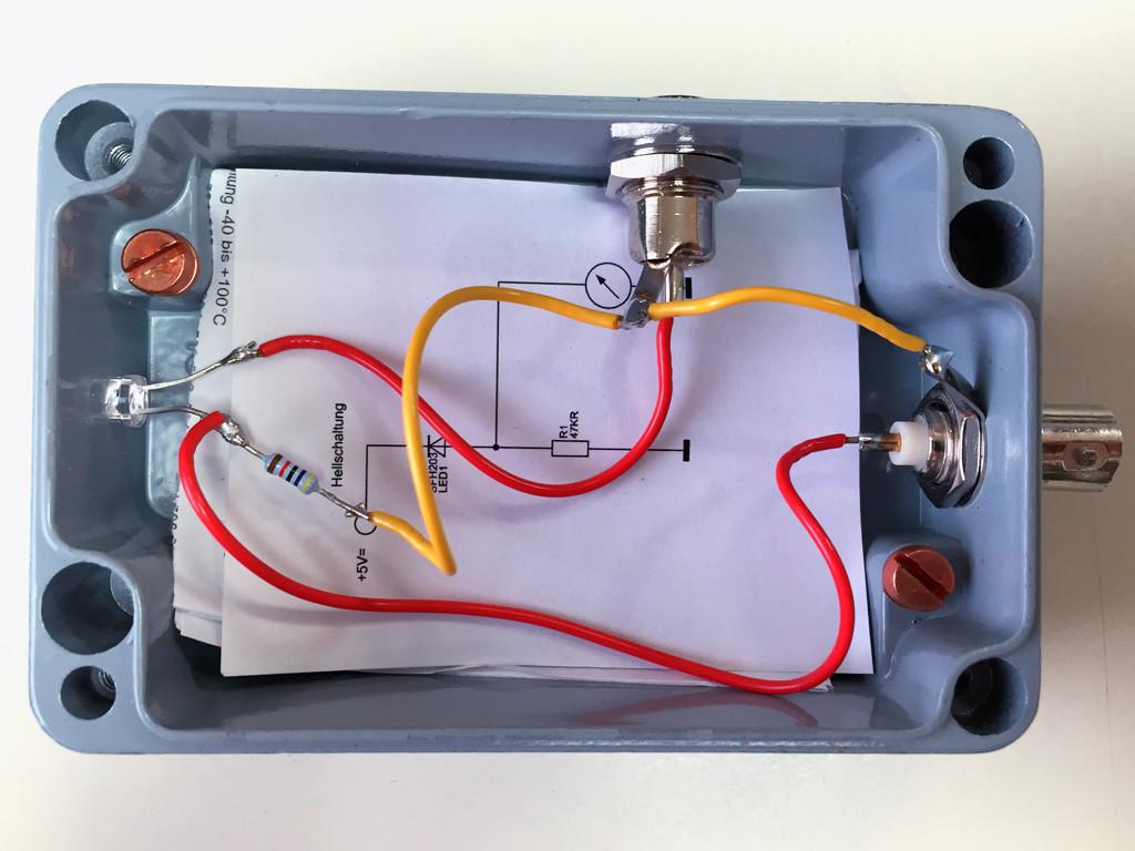 Sensor-Hellschaltung