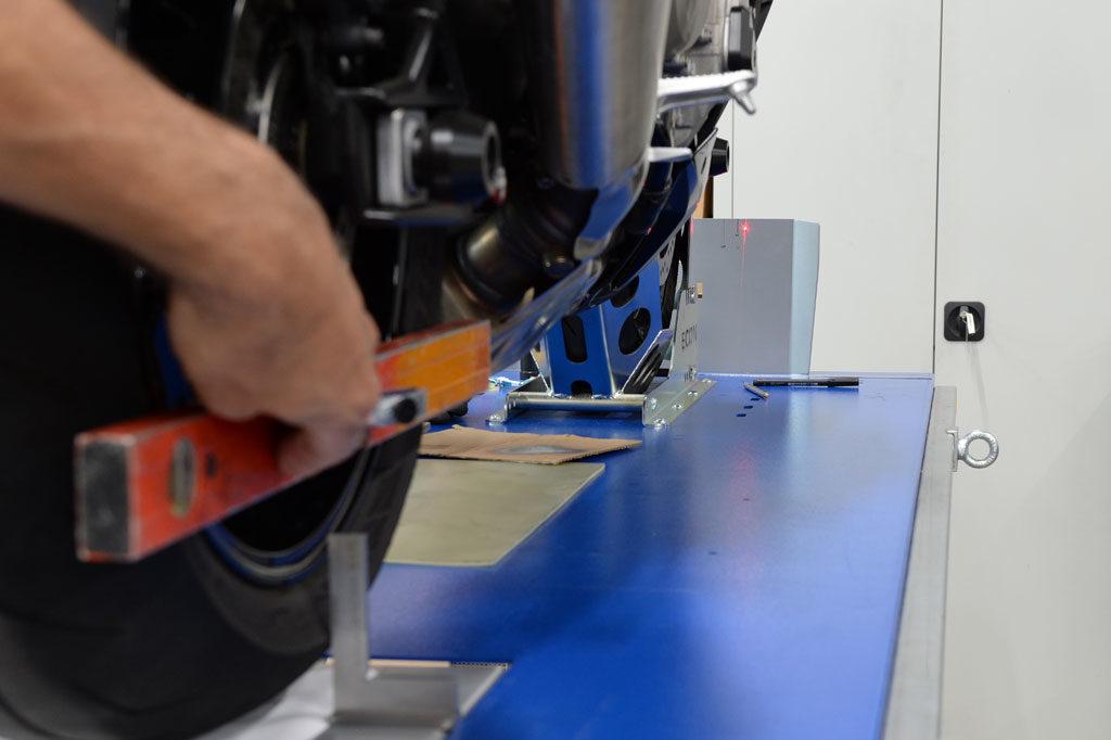 Laserpunkt rechtsseitig 130 mm