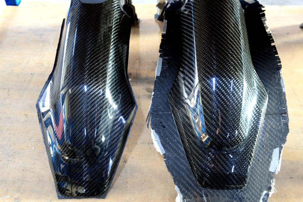 Carbon-Front-Fender aus verschieden dicken Geweben.