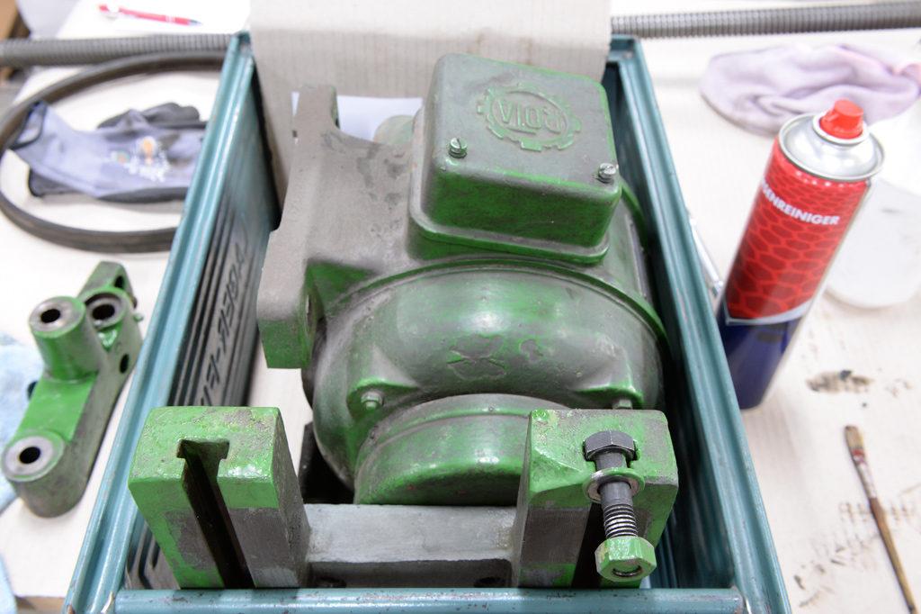 Befestigung Dahlandermotor